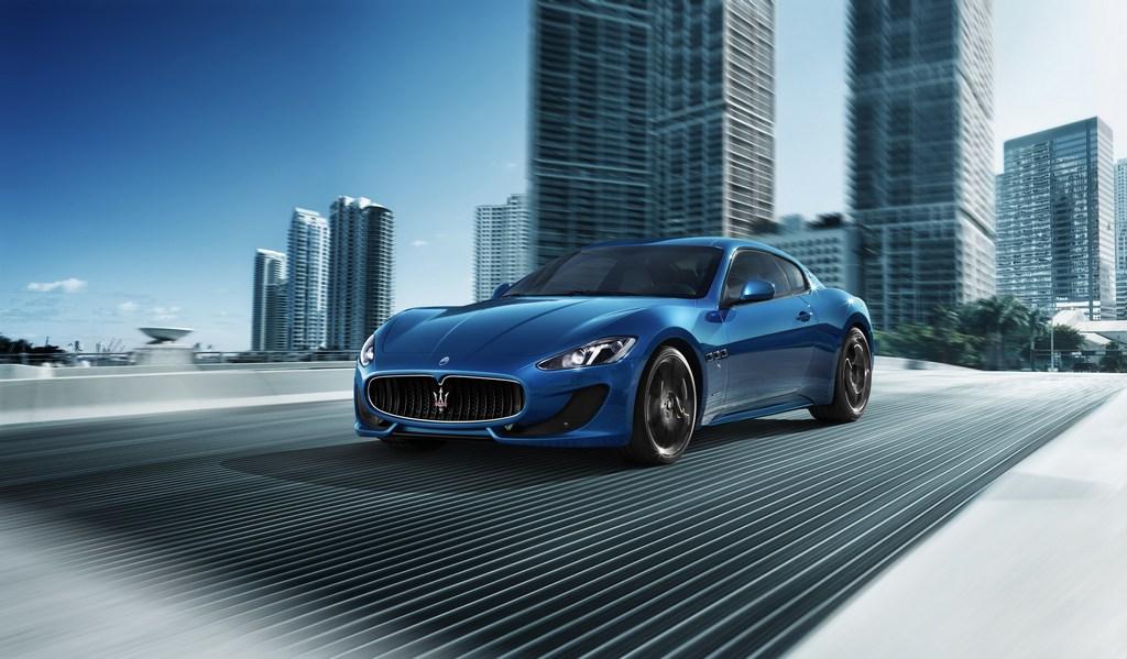 Maserati gran turismo blue
